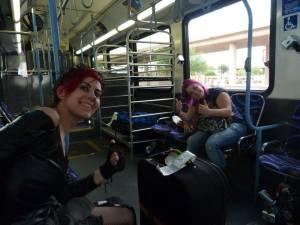 Lynx & Neen on the bus to Vegas!