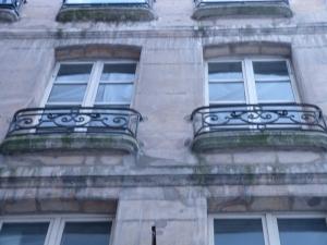 the vampire of Paris's apartment